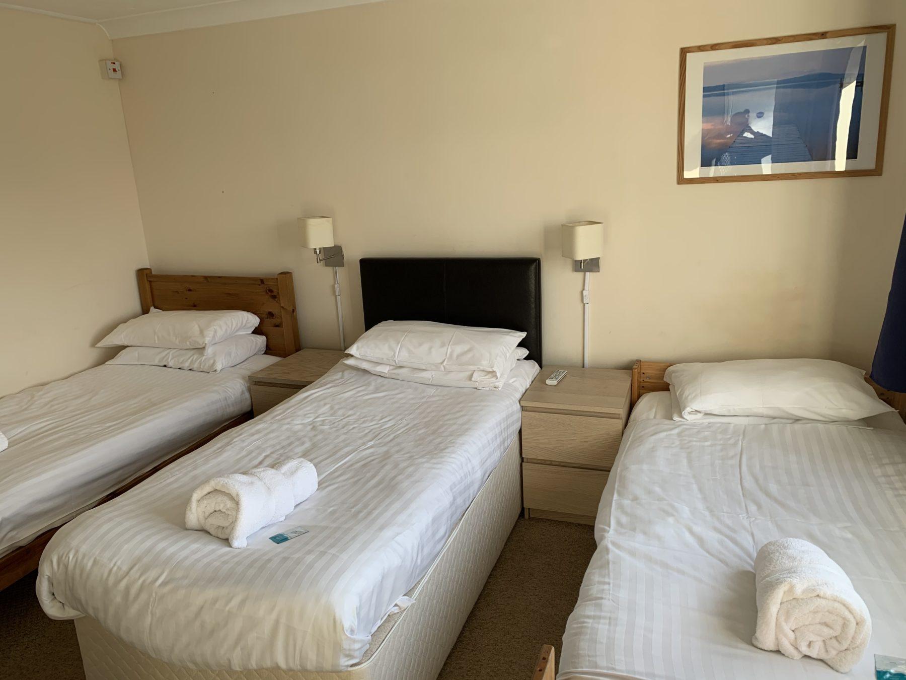 Room 7 – triple room